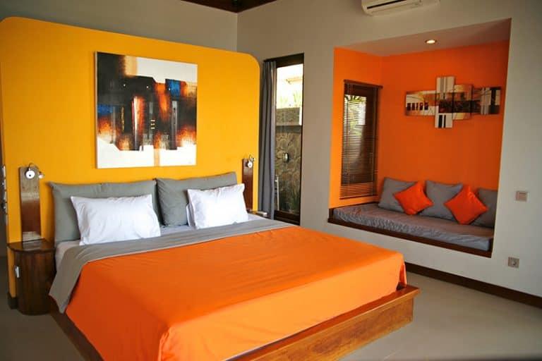 hotel bali candidasa chambre colorée