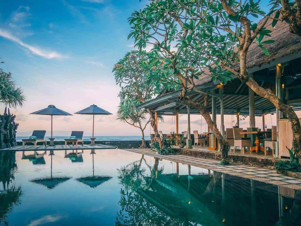hotel bali candidasa charme romantisme piscine