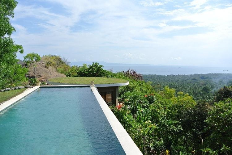 hotel bali candidasa piscine debordante
