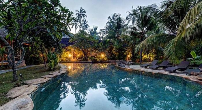 hotel bali candidasa piscine extérieure