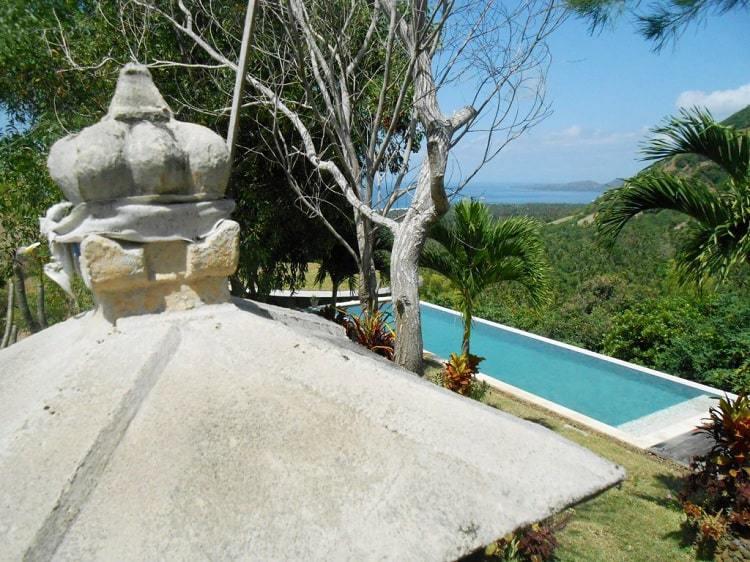 hotel bali candidasa vue piscine