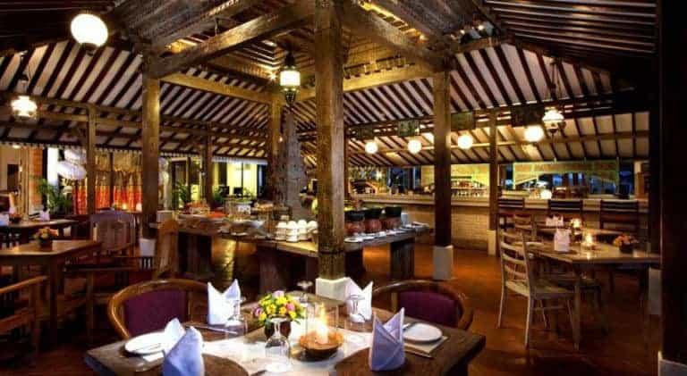 hotel bali jimbaran restaurant