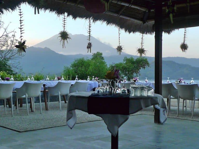 hotel bali karangasem restaurant