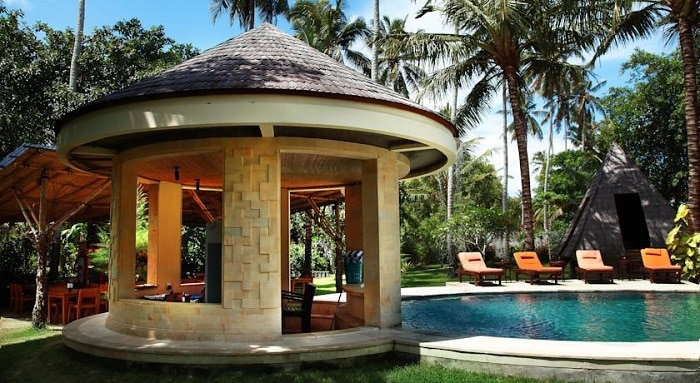 hotel bali kuta lombok piscine dehors