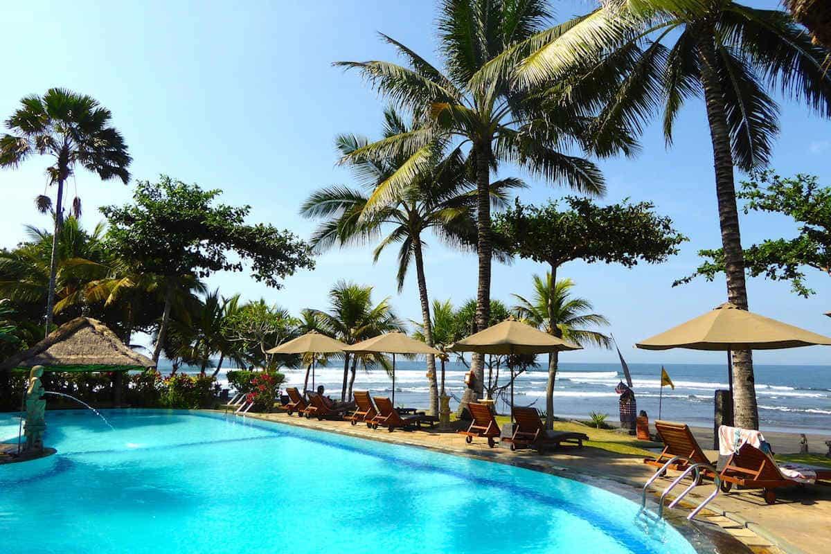 hotel Bali Medewi vue piscine LU-34