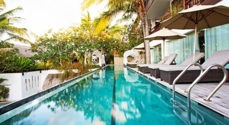 hotel bali nusa lembongan piscine luxe