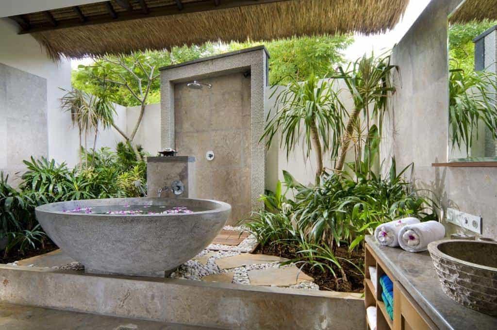 hotel bali nusa lembongan salle de bain ouverte
