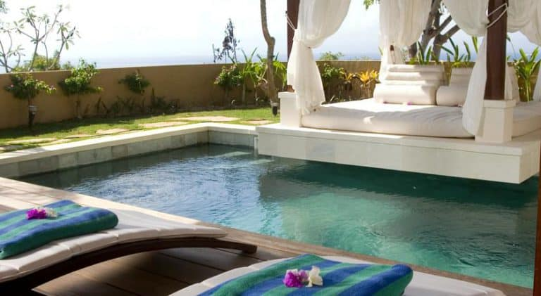 hotel bali nusa lembongan villa