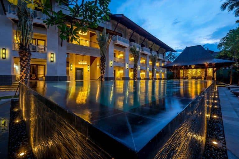 hotel bali sanur avec piscine