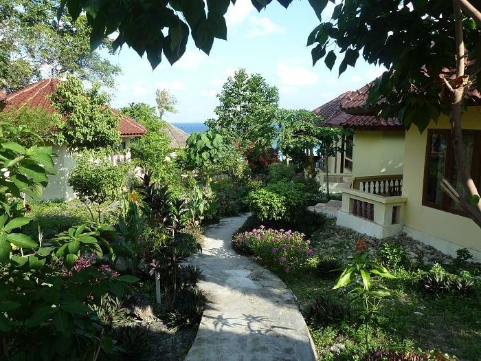 hotel bali sulawesi bugalows