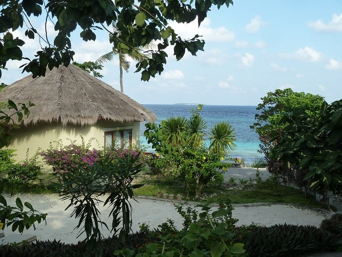 hotel bali sulawesi bungalows vue mer