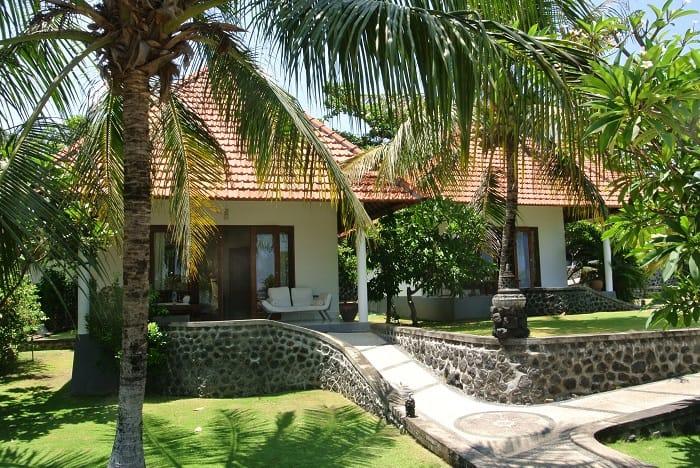 hotel bali tulamben Amed bungalows