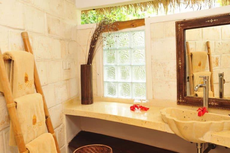 hotel bali uluwatu salle de bain bungalow deluxe
