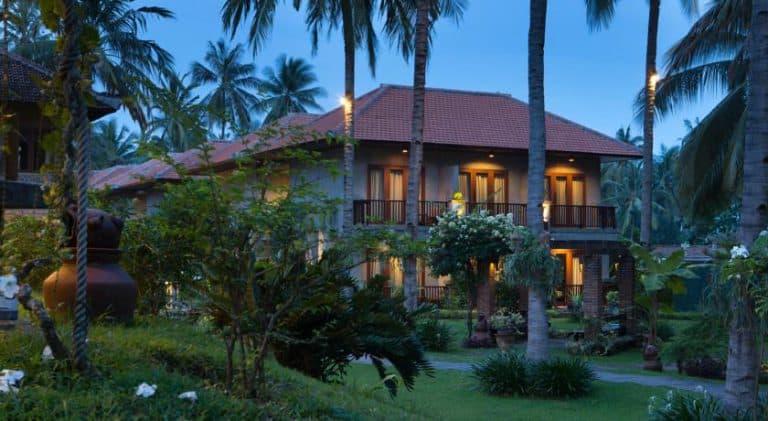 hotel banyuwangi indonésie batiment