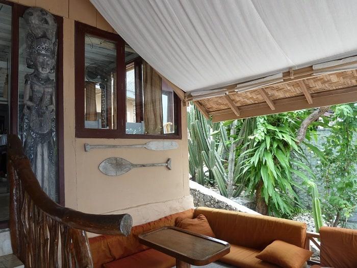 hotel bira sulawesi indonésie terrasse couverte