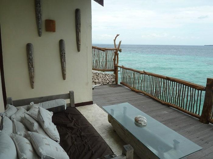 hotel bira sulawesi indonésie vue chambre