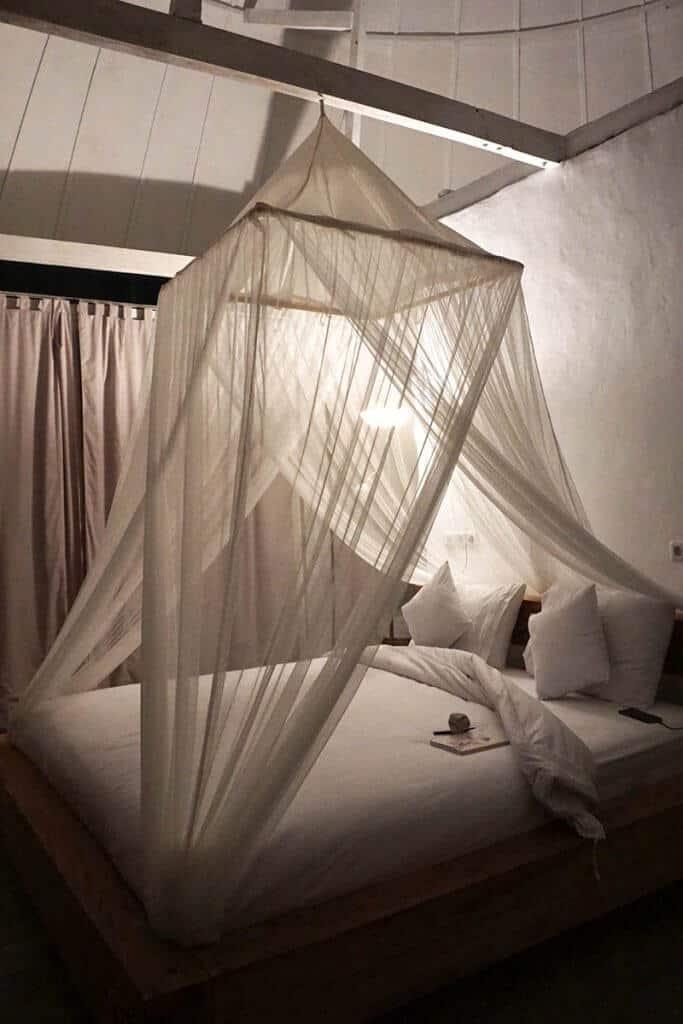 hotel flores bajawa chambre