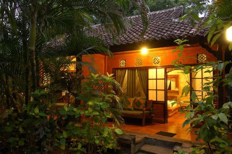 hotel gerokgak indonésie bungalow