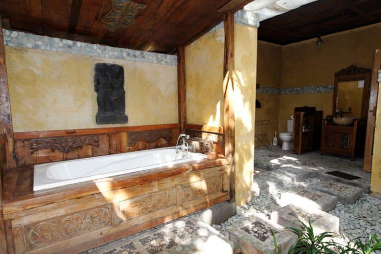 hotel gerokgak indonésie salle de bain
