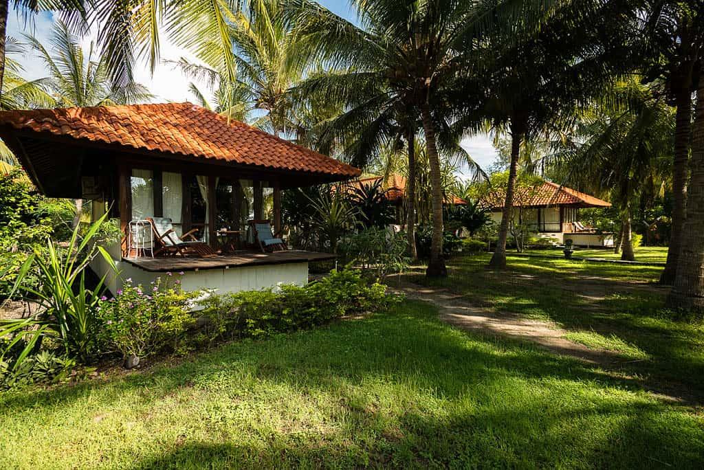 hotel gili indonésie villa plage jardin