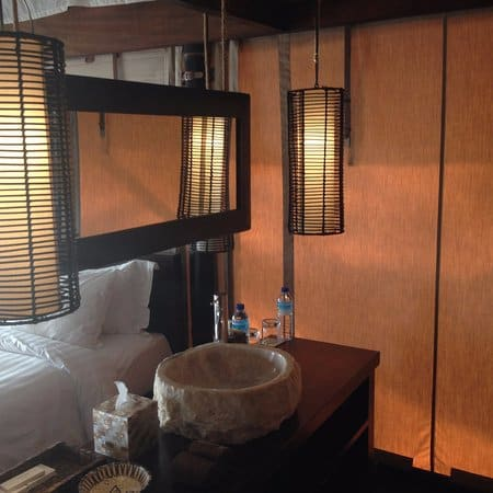 hotel gili meno lombok restroom