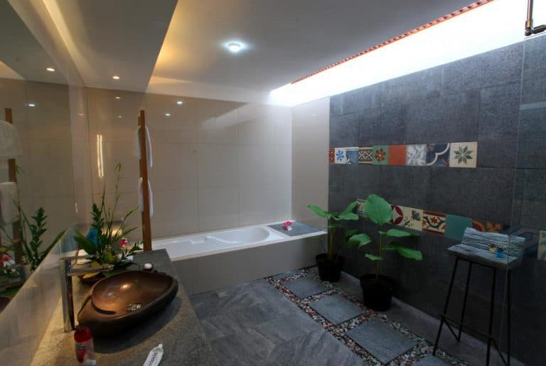 hotel java borobudur salle de bains