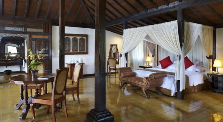 hotel java indonésie chambre