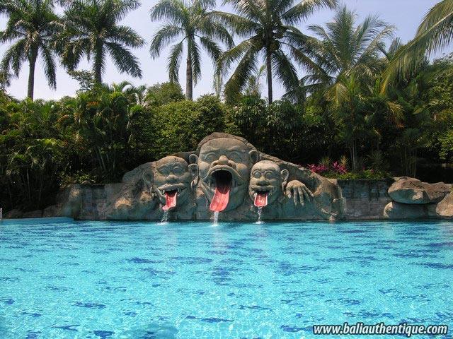 hotel java indonésie piscine