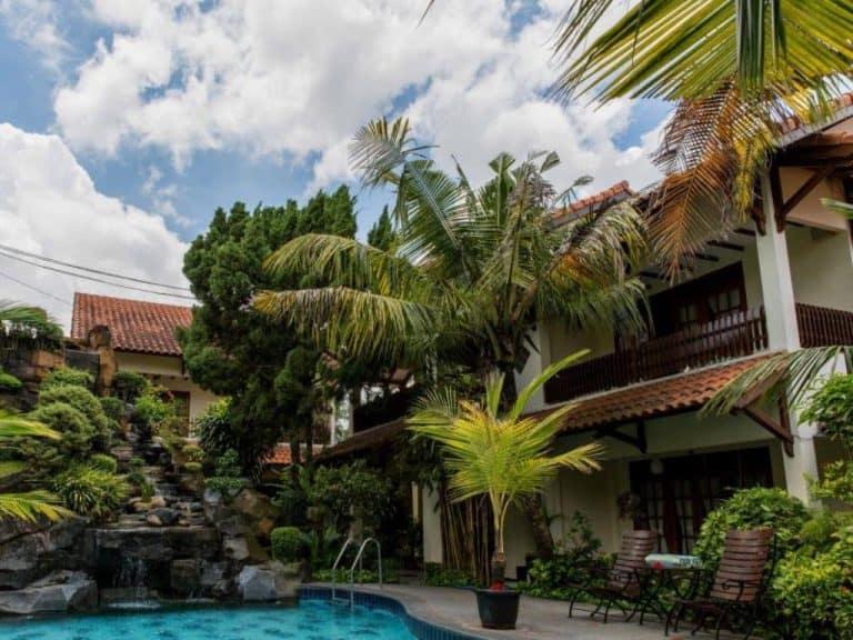 hotel Java Jogjakarta vue piscine
