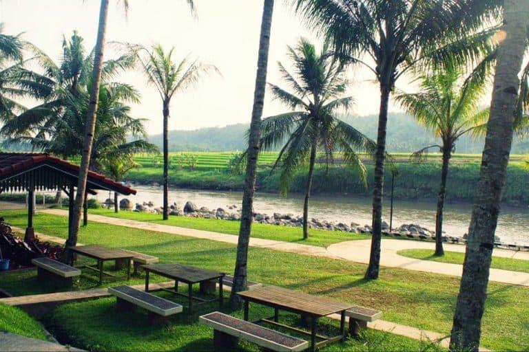 hotel Java Magelang rivière