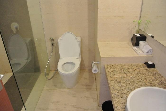 hotel java Meru Betiri salle de bain