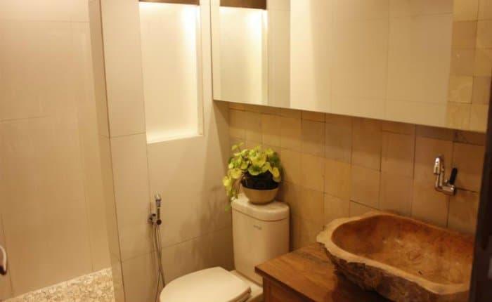 hotel java solo salle de bains