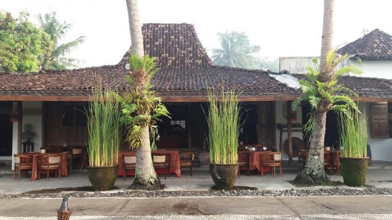 hotel java yogyakarta restaurant