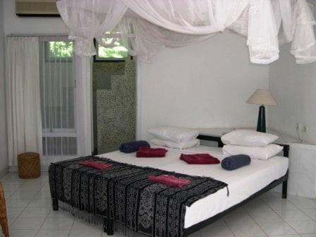 hotel komodo chambre typique