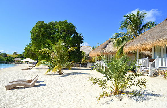 hotel komodo plage sable blanc