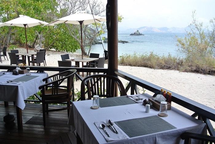 hotel komodo restaurant bord de mer