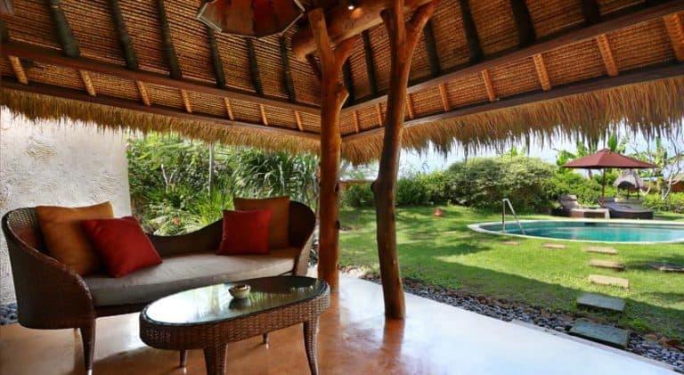 hotel lombok bali coin repos piscine