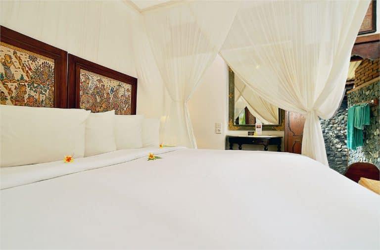 hotel lombok indonésie chambre spatieuse