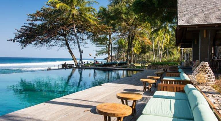 hotel lombok indonésie piscine vue mer