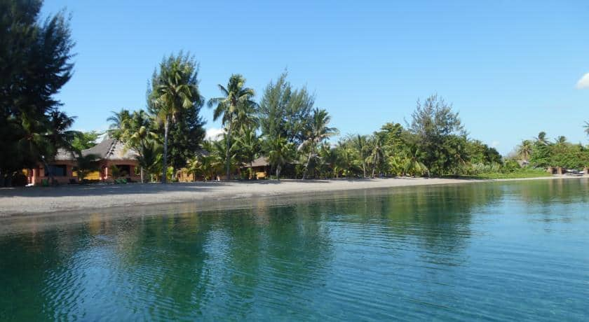 hotel maumere bungalows plage