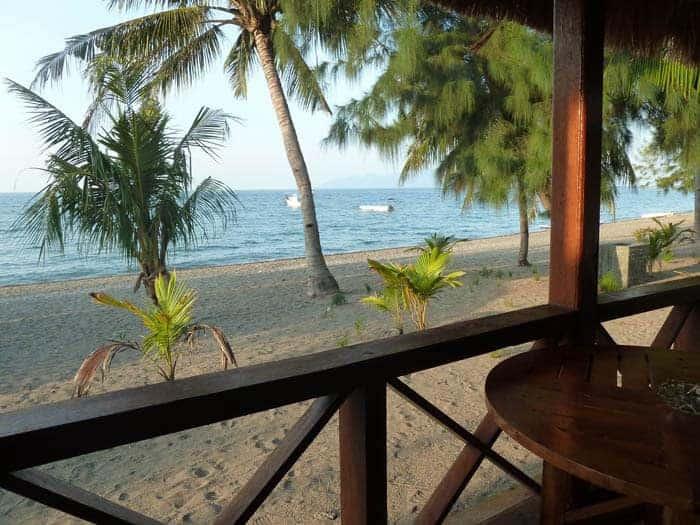 hotel maumere terrasse bungalow vue plage