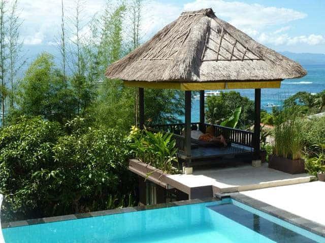 hotel nusa lembongan piscine vue mer