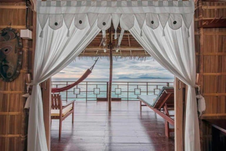 hotel papouasie raja ampat luxe vue mer