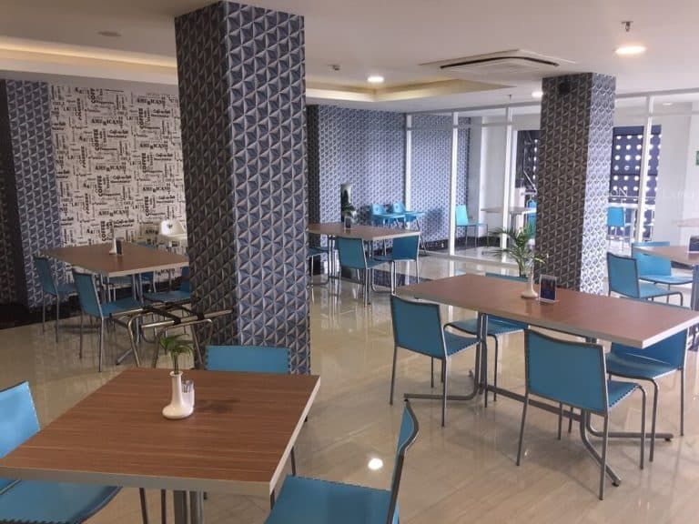 hotel papouasie sentani jayapura petit dejeuner