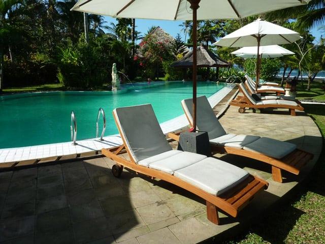 hotel pekutatan bali piscine et détente