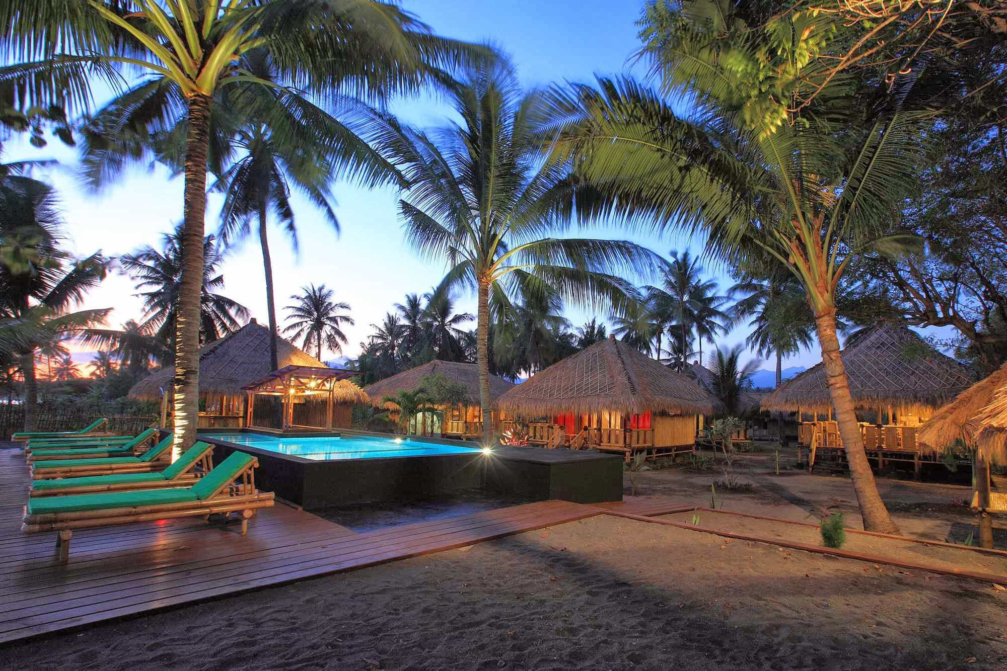 hotel rinjani lombok piscine et plage panorama