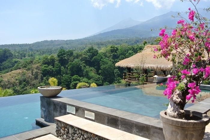 hotel senaru indonésie piscine