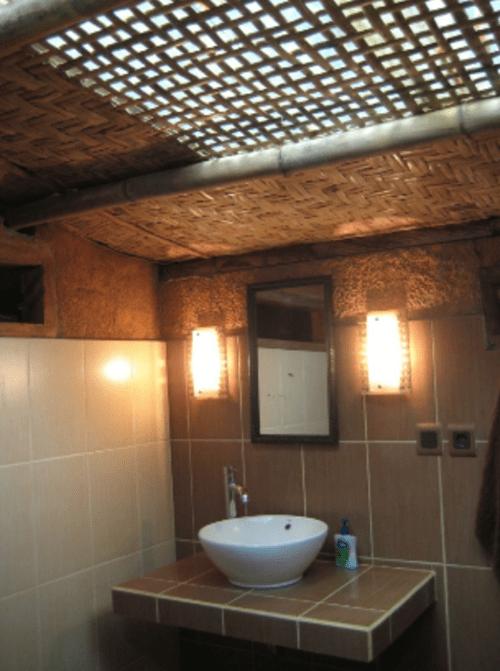 hotel senaru lombok salle de bains