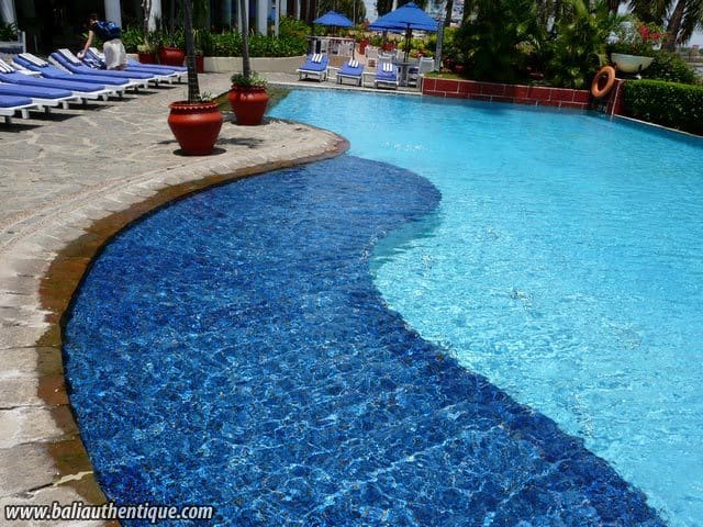hotel sulawesi indonésie piscine