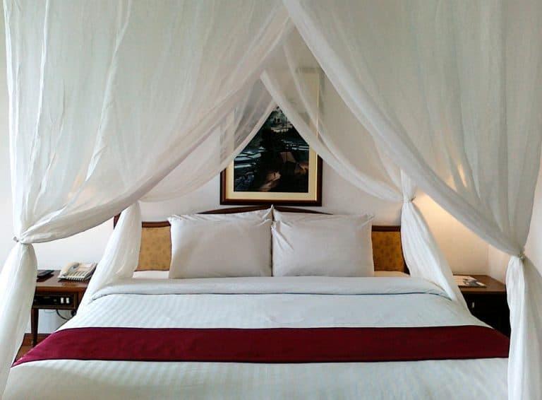 hotel Sumatra Berastagi lit
